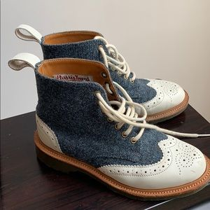 Dr. Martens women tweed leather boots size 6.5